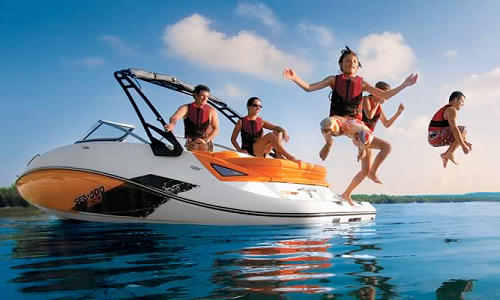 Get your Power Boat Licence in Brisbane QLD